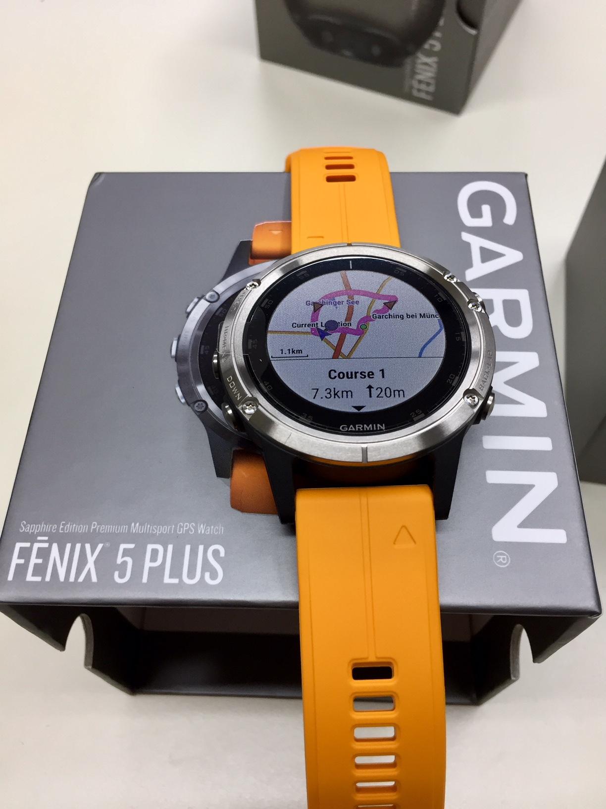 Garmin Fenix 5 plus titanio con cinturino arancione